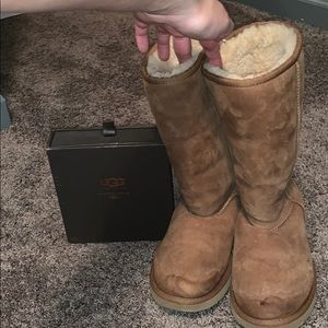 Used Ugg boots with Cleaner Kit